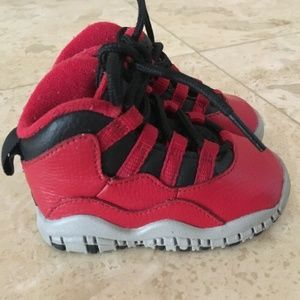 Baby Jordan 10 Retro Bulls Broadway Red 4C Shoes
